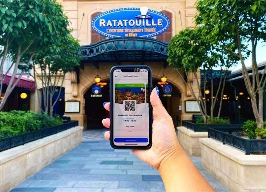 Standby Pass im Disneyland Paris: So funktioniert die virtuelle Warteschlange bei Attraktionen Bild